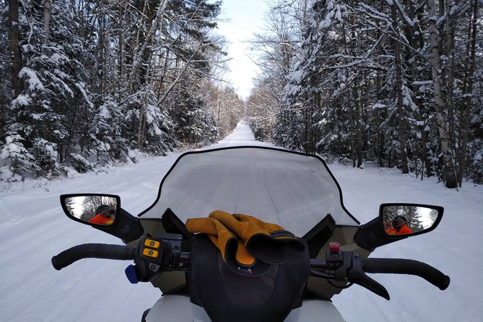 Snowmobile, Sled